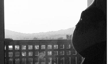 Γέννησε Ελληνίδα τραγουδίστρια- Το συγκινητικό post του συζύγου της