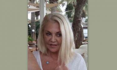 Εικόνα σοκ. Έτσι είναι η Ρούλα χωρίς ρετούς λίγο πριν πατήσει τα 60! (Νassos blog)