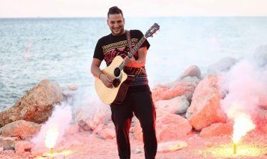 Στέργιος Νταουσανάκης: Ξεκινάει live εμφανίσεις