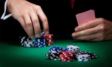 Έλληνας παρουσιαστής έγινε «στόχος» στο Καζίνο στην Πάρνηθα (Nassos blog)