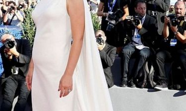 Οι εικόνες επιβεβαίωσαν αυτό που όλοι πίστευαν : Η star είναι έγκυος αλλά... δεν το παραδέχεται