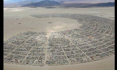 Το Burning Man τελευταία κατοικία του Ντέιβιντ Μπόουϊ