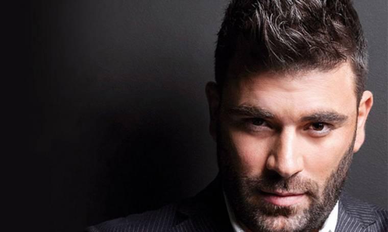 Ο Παντελίδης, τα ρεκόρ και το νέο τραγούδι που θα βγει το 2017