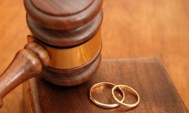 Διαζύγιο «βόμβα» για πασίγνωστο πολιτικό