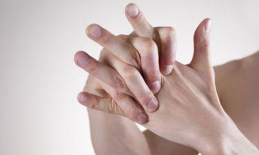 Κροτάλισμα δακτύλων: Η αναπάντεχη ανακάλυψη επιστημόνων του Χάρβαρντ