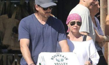 Shanen Doherty: Για ψώνια με τον σύζυγό της