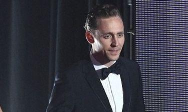 Ποια Swift; Να΄ταν κι άλλη… Με ποια φλέρταρε στα Emmy ο Hiddleston;