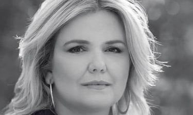 Ευαγγελία Τσικρίκα: «Το «µαύρο» στα κανάλια είναι «µαύρο» στην πολυφωνία, στη δηµοκρατία»