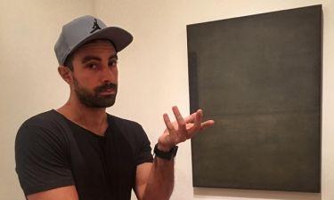 Σάκης Τανιμανίδης: Ο μαύρος πίνακας που κάτι θέλει να «πει», αλλά εκείνος, «το 'χασε»