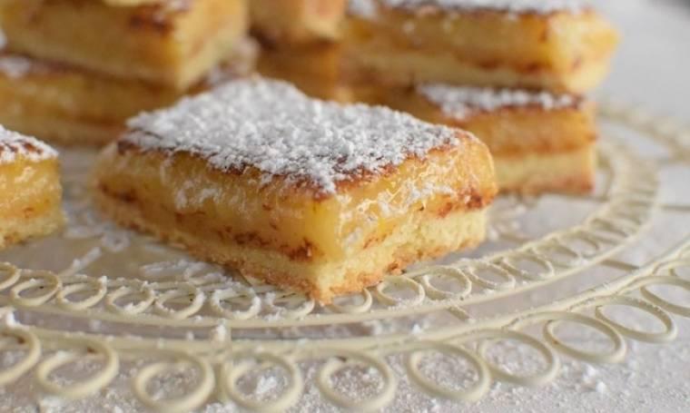 Η συνταγή του Σαββατοκύριακου: Γλυκό με κρέμα λεμονιού και μπισκοτένια βάση