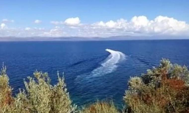 Αποκαλυπτικό βίντεο - Μυτιλήνη: Μέρα μεσημέρι διακίνηση μεταναστών