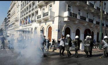 Κατάργηση δακρυγόνων στην Ελλάδα: Ιστορία για... κλάματα