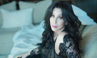 H Cher πεθαίνει και φροντίζει να κλείσει τους «ανοιχτούς λογαριασμούς» της πριν «φύγει»