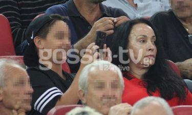 Βίκυ Σταμάτη: Στο γήπεδο με τον γιο της