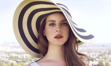 H εμφάνιση της Lana Del Rey με νέο συνοδό και... παραπάνω κιλάκια
