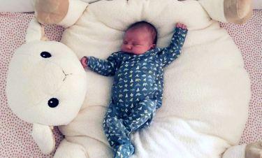 Γέννησε και «ανέβασε» στο instagram την πρώτη φωτό της κόρης της η…