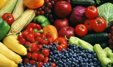 Φρούτα και λαχανικά: έτσι θα καταφέρετε να μη λείπουν από το πιάτο του παιδιού