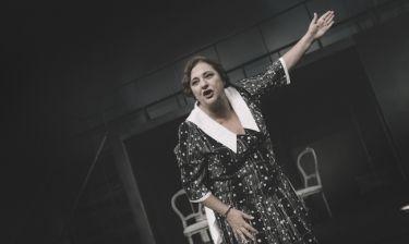 Ελισάβετ Κωνσταντινίδου: «Ακόμα και στον πόλεμο υπήρχε θέατρο»