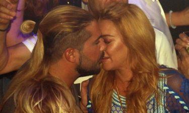 Το φιλί της Lohan με τον Παπαγεωργίου