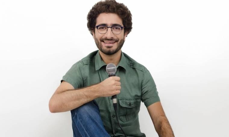 Λάμπρος Φισφής: Το stand up comedy, η σάτιρα και οι αδυναμίες