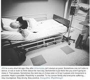 Η σοκαριστική εικόνα της ηθοποιού στο κρεβάτι του νοσοκομείου μετά την χημειοθεραπεία