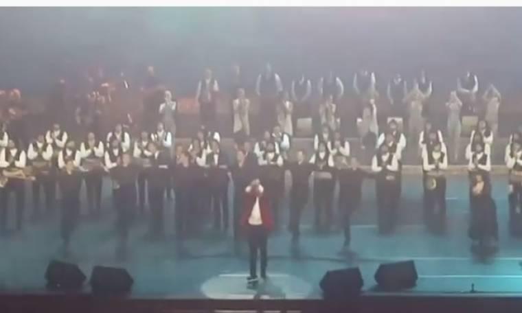Ρουβάς: Το συρτάκι στη Ρωσία και μήνυμα του τραγουδιστή