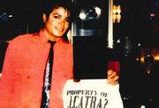 Σοκάρει με την αποκάλυψή της για τον Michael Jackson! «Με βίαζε από τα 12» - Στη φόρα μηνύματά του