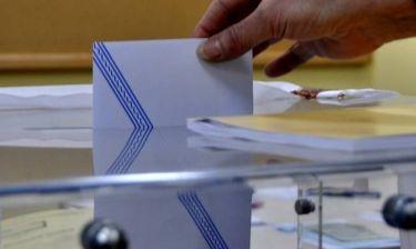 Ραγδαίες εξελίξεις: Πρόωρες εκλογές ή ανασχηματισμός;