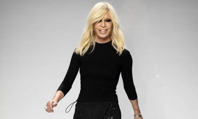 Η Donatella αποκαλύπτει τα μυστικά του Οίκου Versace