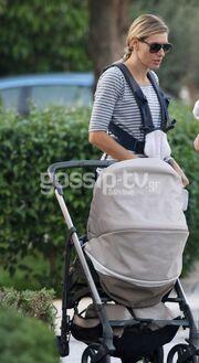 Ζέτα Δούκα: Στη Γλυφάδα με την κόρη της
