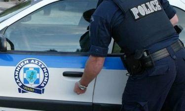 Τρόμος με ένοπλο στο κέντρο της Αθήνας