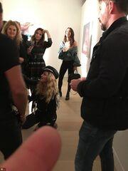 Η Madonna έγινε… γκολ και κυλιόταν στα πατώματα