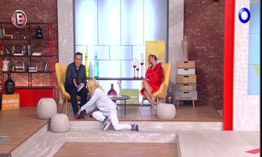 Το είδαμε και αυτό στην ελληνική τηλεόραση. Κάνανε εκπομπή με τις… πιτζάμες στο Έτοιμο το Πρωινό