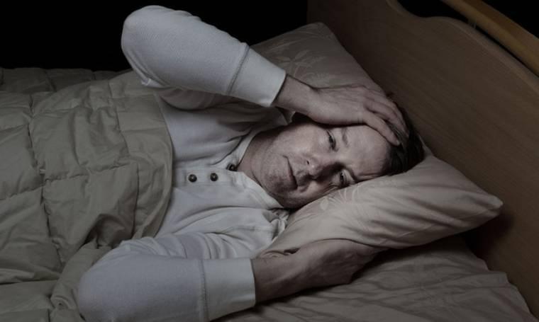 Νυχτερινή υπογλυκαιμία: Τα 3 συμπτώματα που σχετίζονται με τον ύπνο