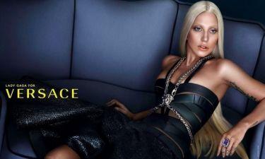 H Lady Gaga ως… Donatella Versace