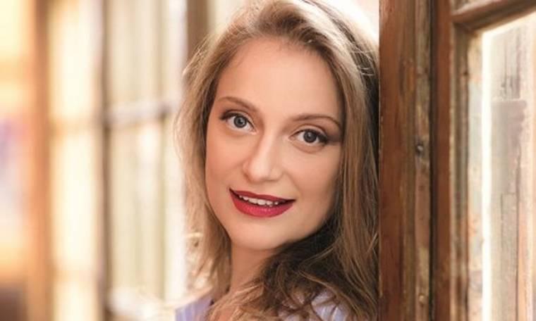Λένα Δροσάκη: Μιλά για τη συνεργασία της με τη «Μουρμούρα»