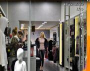 Ελένη Μενεγάκη: «Άφησε ένα μαγαζί άφωνο» με τα… νάζια της (φωτό)