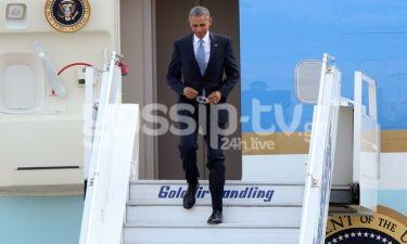 Οι πρώτες φωτογραφίες από την άφιξη του Obama