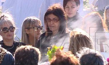 9 μήνες χωρίς τον Παντελή Παντελίδη: Συντετριμμένη η μάνα του στο μνημόσυνο