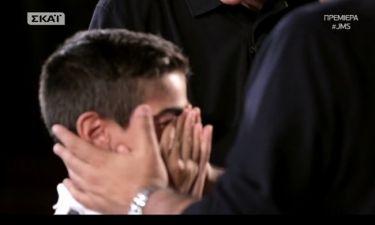 «Junior Music Star»: Η έκπληξη του Θεοφάνους στον Δημήτρη που τον έκανε να βάλει τα κλάματα