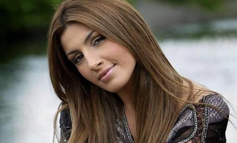 Έλενα Παπαρίζου: «Δέχτηκα bullying από μερίδα του Τύπου για τα κιλά μου»