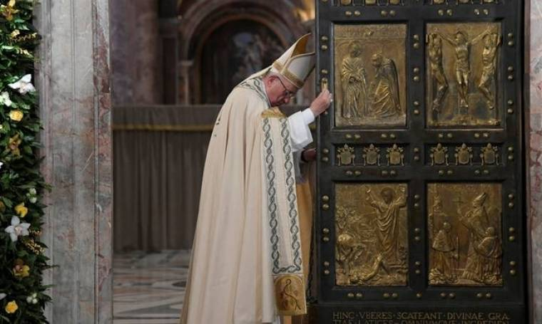 Πάπας Φραγκίσκος: Επ' αόριστον η άφεση αμαρτιών για τις αμβλώσεις
