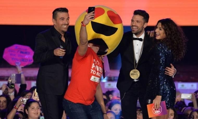 Κωνσταντίνος Αργυρός: Η βράβευσή του στα  Mad Music Awards Κύπρου 2016