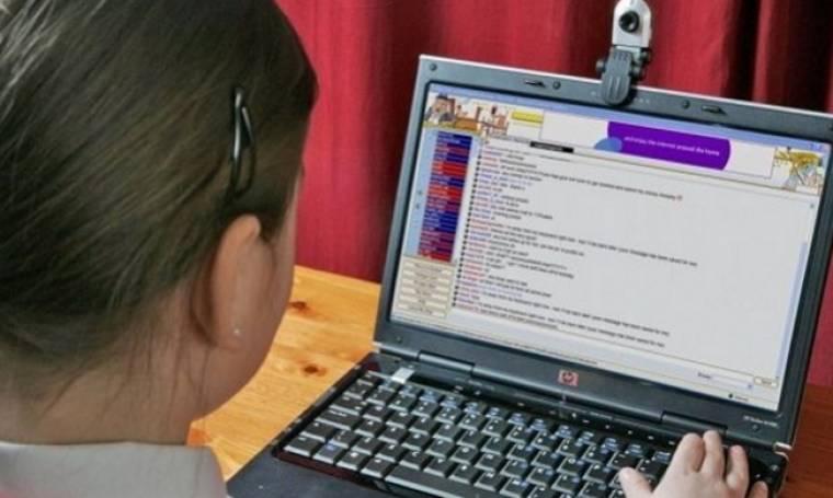 Όταν το παιδί δεν μπορεί να ξεχωρίσει τη διαφήμιση στο διαδυκτιακό παιχνίδι-Ποιες είναι οι συνέπειες