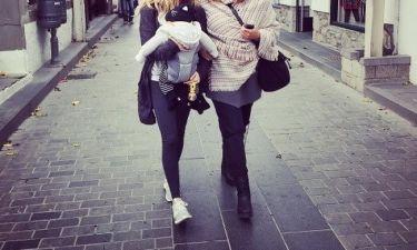 Χειμωνιάτικες διακοπές με το μωρό της για την... (φωτό)