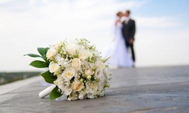 Δε θα πιστεύετε ποιο ζευγάρι της ελληνικής showbiz παντρεύτηκε - Η επιβεβαίωση έγινε on camera