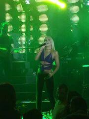 Λένα Παπαδοπούλου: Ολοκλήρωσε τις εμφανίσεις της και ξεκινάει περιοδεία