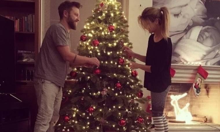 Βαρδής - Σκαφιδά: Στόλισαν το χριστουγεννιάτικο δέντρο τους