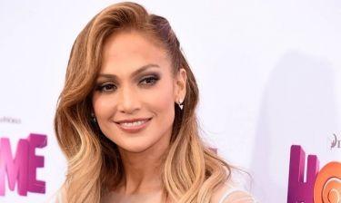 Jennifer Lopez: Η φωτογραφία στο Instagram με το μαυρισμένο μάτι