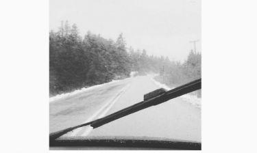 Μεσημεριανή βόλτα στον χιονισμένο Παρνασσό για τον...